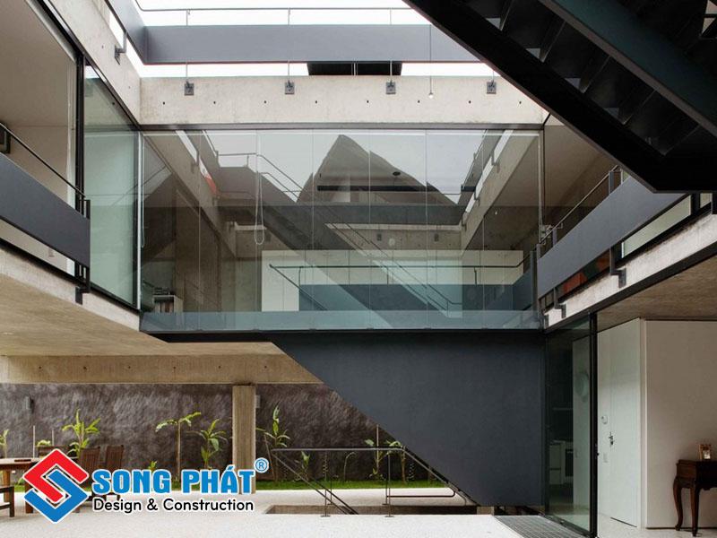 Thiết kế nhà thông tầng giúp không gian lớn hơn